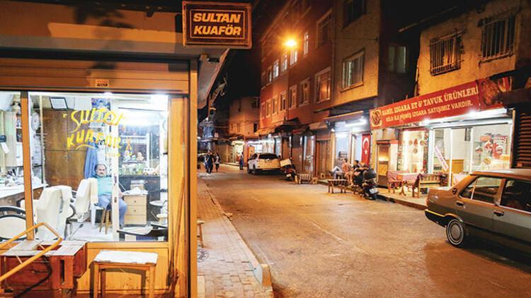 Orhan Pamuk'un 'Turuncu' geceleri