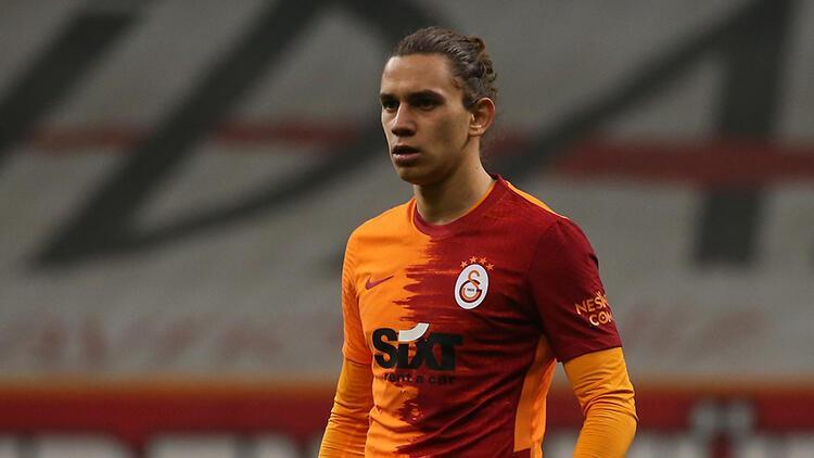 Galatasaray'da mecburi değişim!