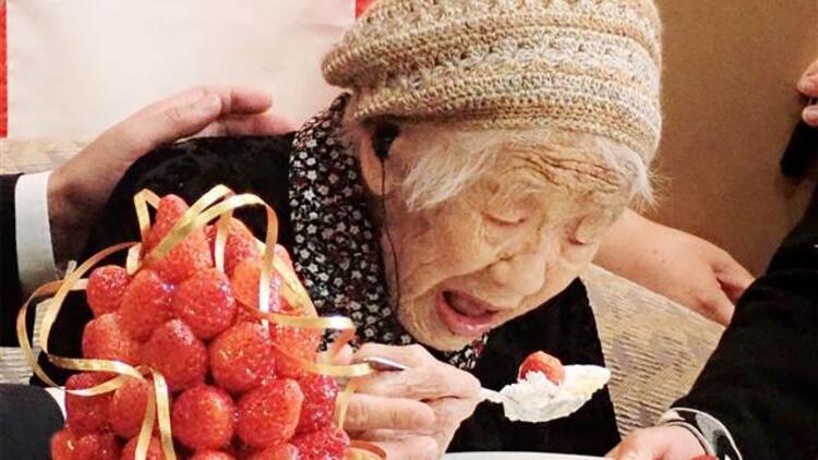 Guinness Rekorlar Kitabına göre dünyanın en yaşlısı! Kane Tanako doğum gününü kutladı