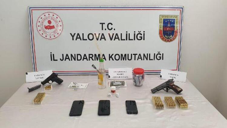 Yalova'da eş zamanlı uyuşturucu operasyonu: 3 gözaltı