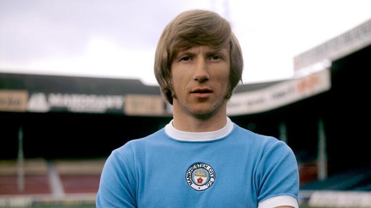 Manchester City'nin efsane futbolcusu Colin Bell vefat etti