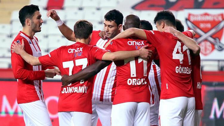 Antalyaspor bu sezon ilki yaşadı! Ersun Yanal...