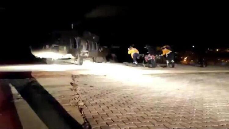 Bahçesaray'da kalp krizi geçiren kişi, polis helikopteriyle Van'a ulaştırıldı