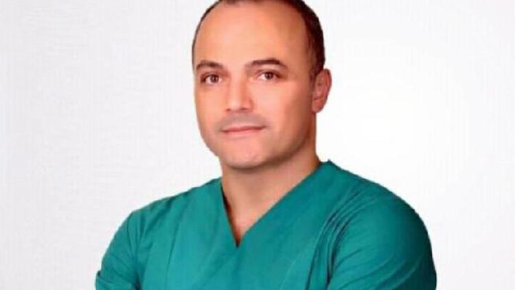 Samsun'da koronavirüs tedavisi gören doktor Necati Emirhan hayatını kaybetti