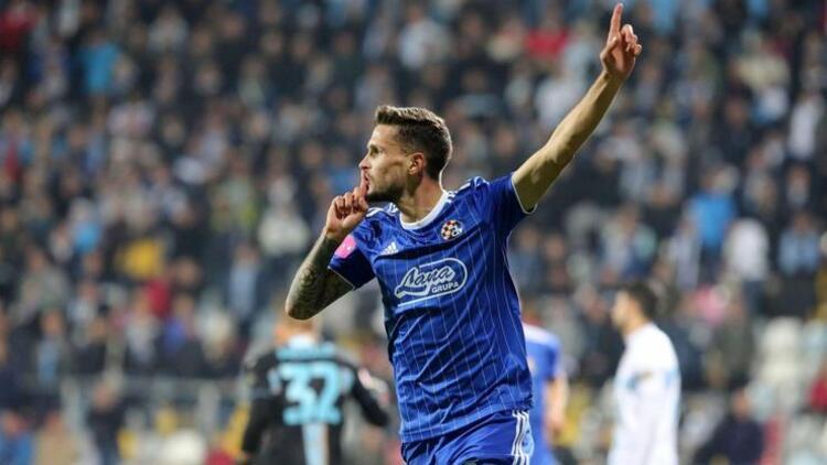 Trabzonspor'da sağ beke Sloven Stojanovic