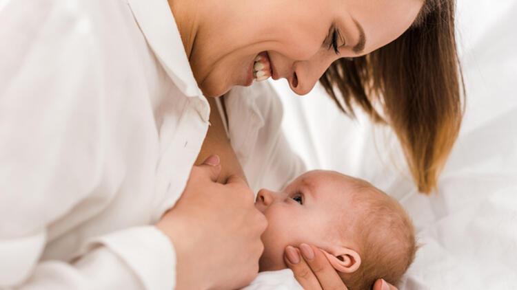 Pandemi sürecinde bebeğinizi güvenle emzirmenin kuralları