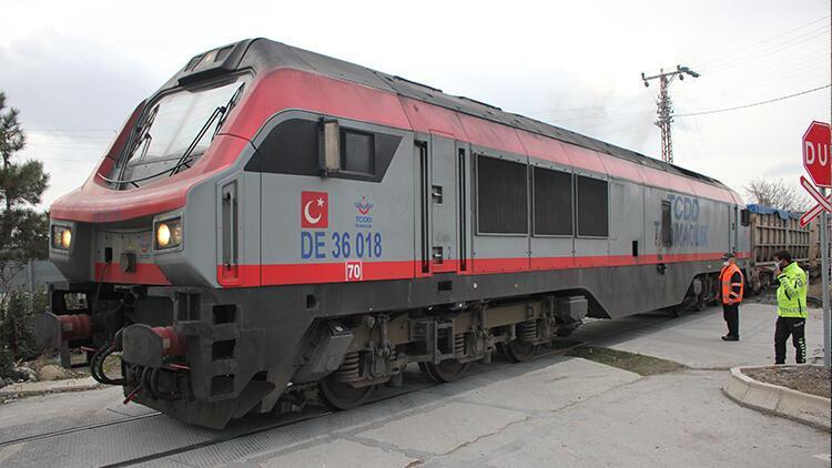 Amasya'da feci ölüm! Yük treninin altında kaldı