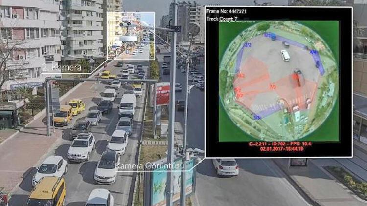 Antalya'da yoğun trafiğe 'akıllı sinyalizasyon sistemi'yle çözüm