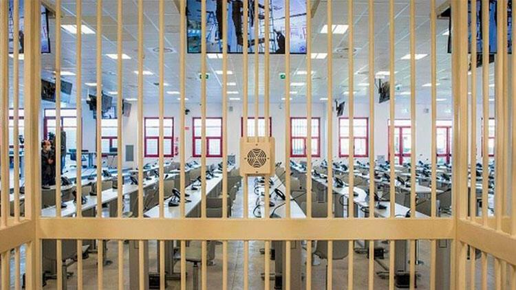 İtalya'da son 30 yılın en büyük mafya davası başlıyor... 'Ndrangheta' yargılamaları ülkede gündem oldu