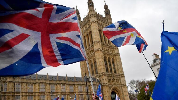 Londra Borsası'nın Refinitiv'i 27 milyar dolara satın almasına AB'den onay
