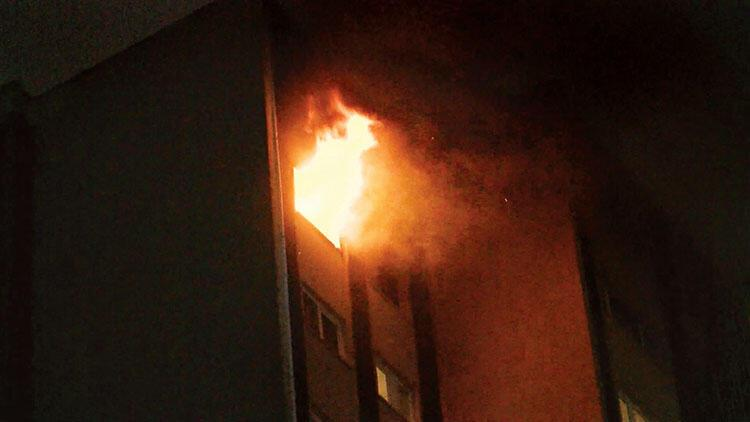 Ellerini ayaklarını bağlayıp evi ateşe vermiş