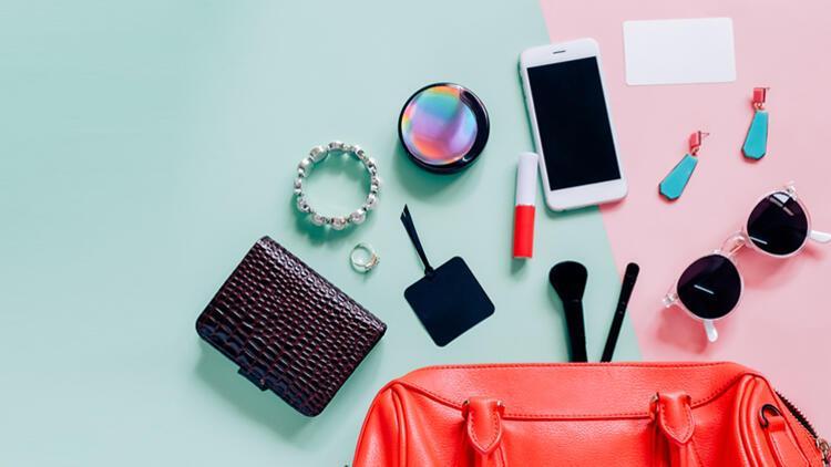 Çantanızda Her Zaman Bulunması Gereken 10 Temel Eşya