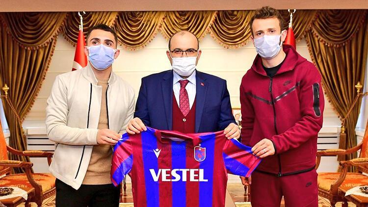 Trabzonsporlu futbolculardan Vali Ustaoğlu'na ziyaret