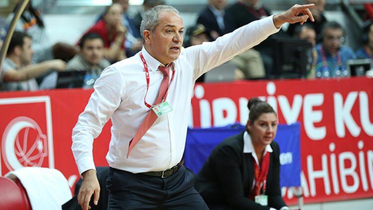Ekrem Memnun, Galatasaraylıların gurur duyacağı bir takım oluşturmayı hedefliyor