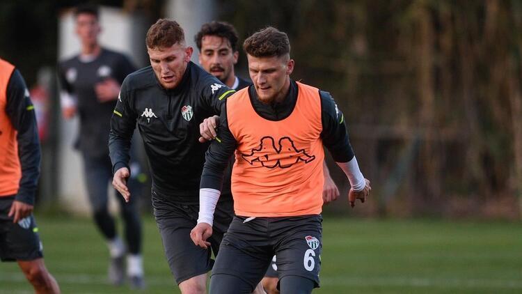 Bursaspor'da gençler tecrübe kazandıkça takımın direnci de arttı!