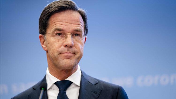 Hollanda hükümeti istifa etti!