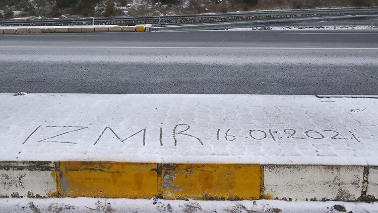 İzmir'de kar yağışı sürprizi