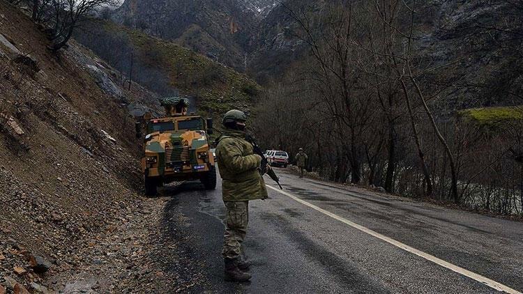 İçişleri Bakanlığı: 5 terörist teslim oldu...