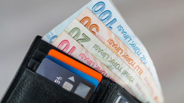 24 milyon kişiyi ilgilendiriyor! MTV ödemeleri başladı… İşte bankalara göre kredi kartına taksit sayıları