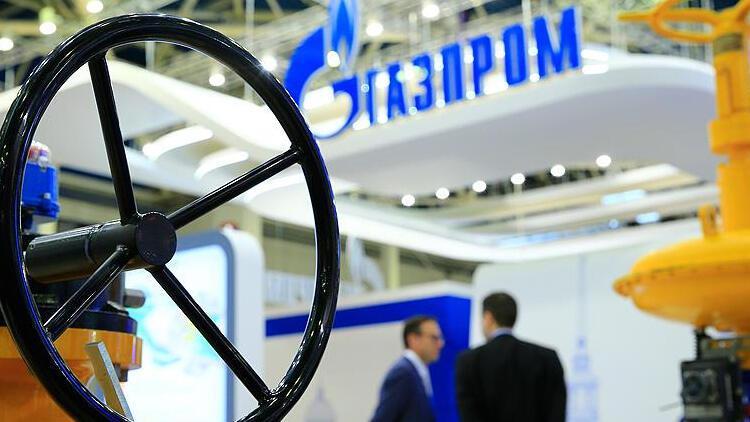 Gazprom'un doğal gaz ihracat geliri sert düştü