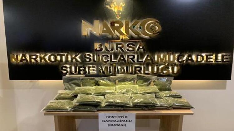 Evinde 13 kilogram bonzai ele geçirilen uyuşturucu taciri tutuklandı