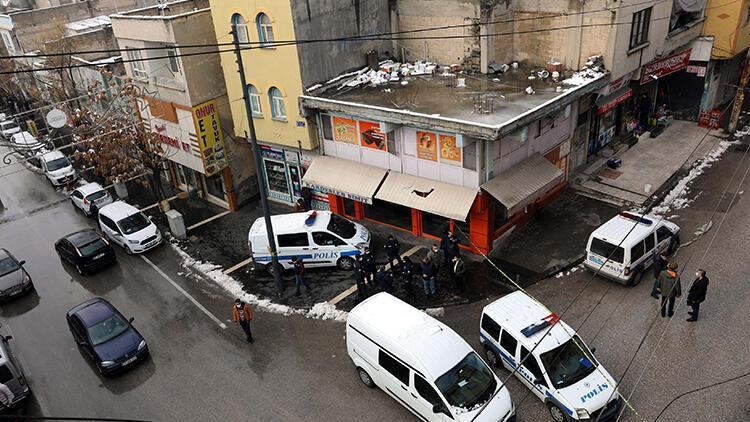 Gaziantep'te üzerine elektrik kablosu düşünce akıma kapılarak hayatını kaybetti