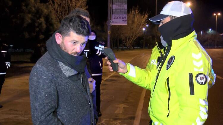 Otomobille takla atan alkollü sürücü, polise zor anlar yaşattı