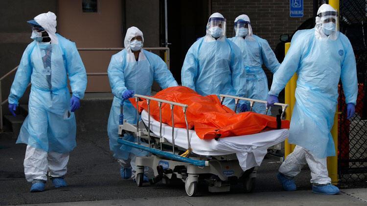 İngiltere salgının en ölümcül günlerini yaşıyor! İngiliz yetkililer hastaneleri 'savaş alanına' benzetti