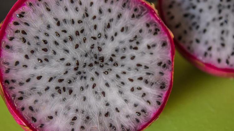 Uzmanlar ona 'süper besin' diyor… Bu renkli meyvenin faydalarına şaşıracaksınız
