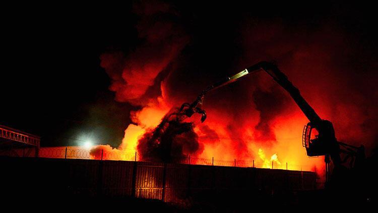 Eskişehir'de bir fabrikada korkutan yangın!