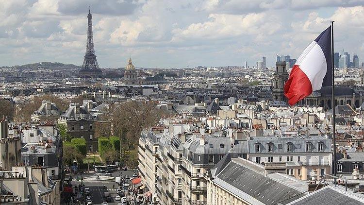 """Fransa """"aile birleşimi"""" vizelerini askıya alma uygulamasını iptal etti"""