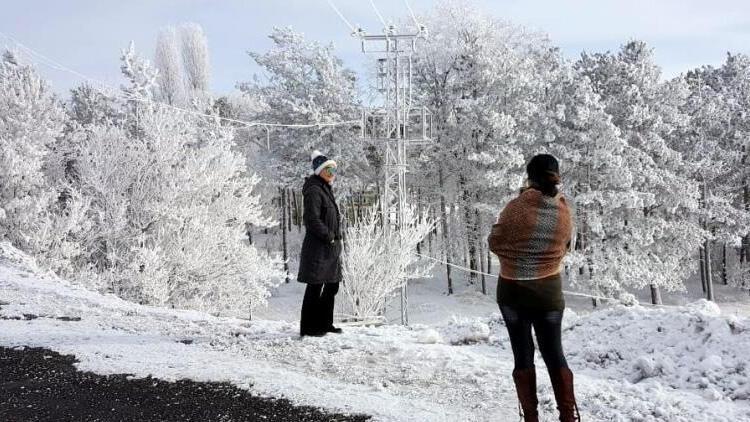 Bayburt'ta Sibirya soğukları! Sıcaklık -22'leri gördü