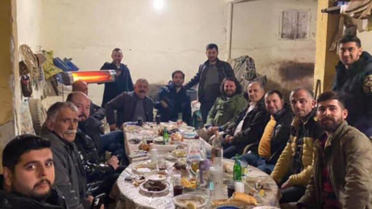 İYİ Partili başkan Aytekin Kaya'nın kısıtlama saatlerinde katıldığı kutlama büyük tepki çekti