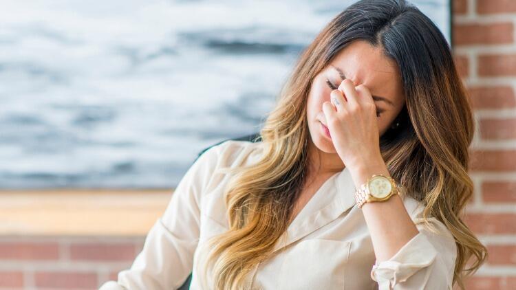 ABD'li Doktor Açıkladı: Migrenin Nedeni Yüzde 90 Çocukluk Alerjisi!