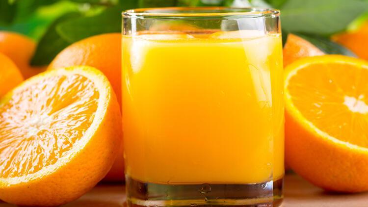 Seçimi zor: Portakal suyu mu, portakal mı?