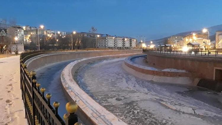 Çoruh Nehri dondu... Termometreler eksi 24 dereceyi gösterdi