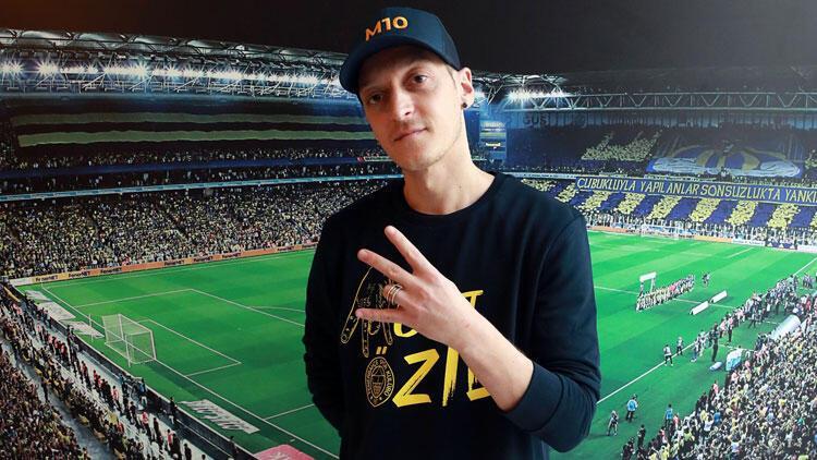 Son Dakika | Fenerbahçe'nin yeni transferi Mesut Özil bu akşam Kayserispor maçında tribünde!