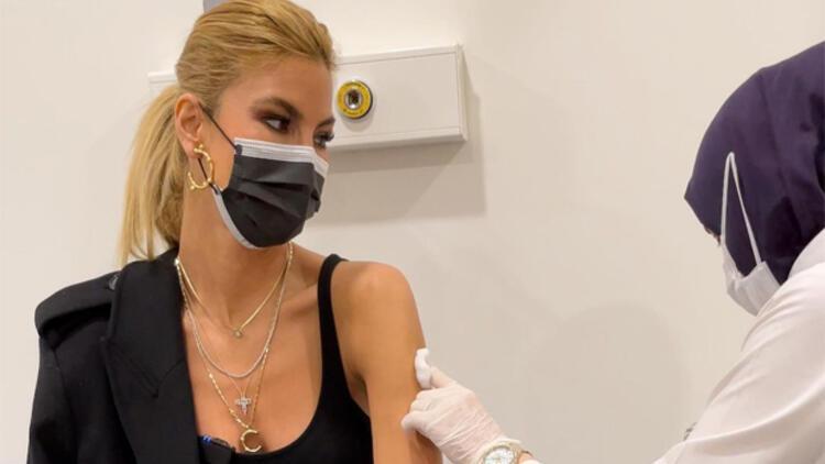Korona aşısı olan Çağla Şikel'in corona virüsü testi sonucu çıktı!