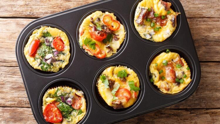 Kahvaltıda İyi Gider: Yumurtalı Muffin Tarifi