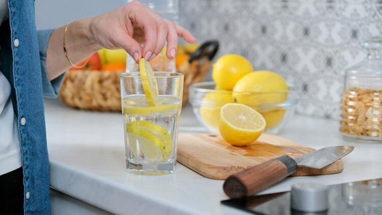 Limonlu Suyun Faydaları Neler?