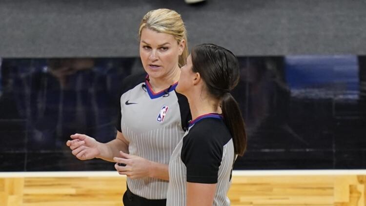 NBA'de bir ilk! Bir maçta 2 kadın hakem...