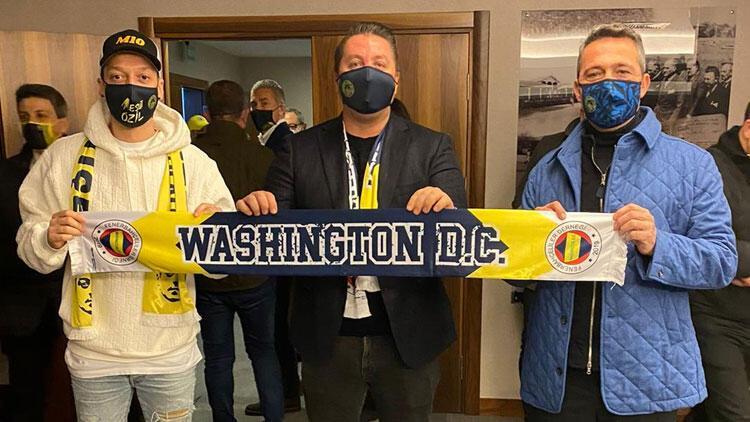 Fenerbahçe'de Mesut Özil ve Ali Koç'tan DC United'a göndermeli poz!