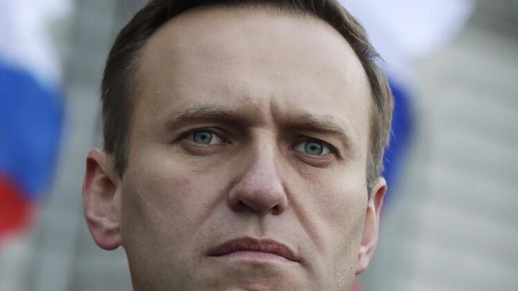 Navalni'nin kardeşi, avukatı ve şahsi doktoru gözaltına alındı