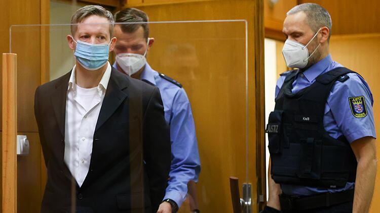 Almanya'da göçmen yanlısı Vali Lübcke'yi öldüren katile ömür boyu hapis cezası
