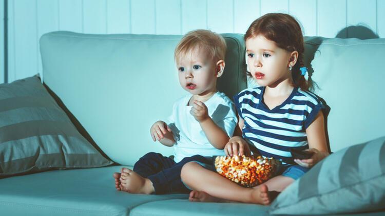 Çocuklar için tehlikeli olabilecek yiyecekler