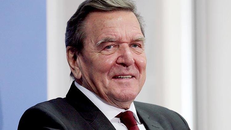 Eski Almanya Başbakanı Schröder'den Avrupa'ya: Türkiye'yle daha yakın iş birliği kurun