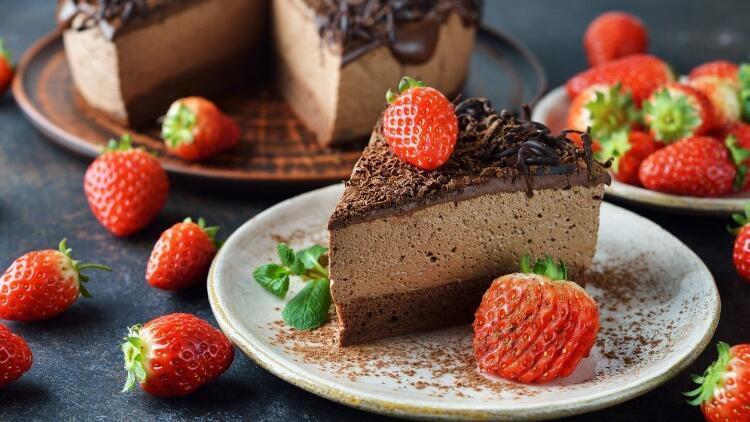 Pişmeyen çikolatalı cheesecake tarifi