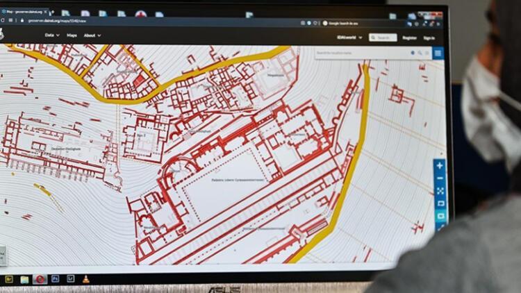 2 bin 300 yıl önceki Bergama Antik Kenti 'dijital' dünyadaki yerini aldı