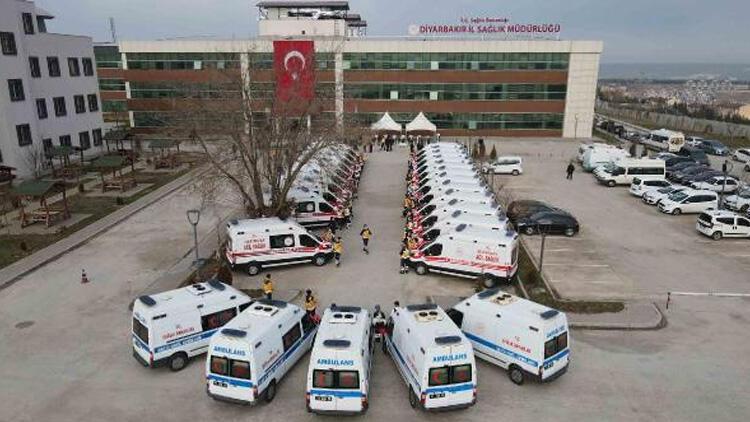 Diyarbakırda 22 yeni ambulans Tören düzenlendi