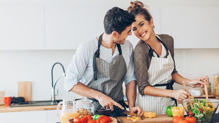 14 Şubat'ta Partnerinizle Kilo Vermeye Başlayın
